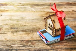 Holiday Gifts For Your Tenants