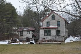 dumpy house