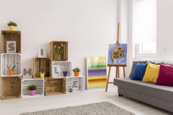 hang large art on an easel