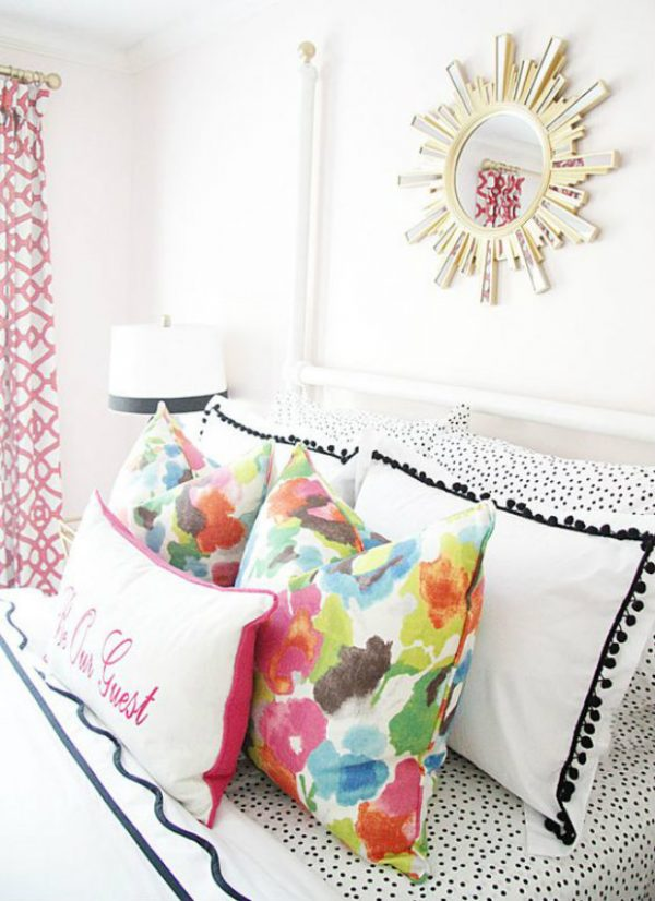 throw pillows bedroom